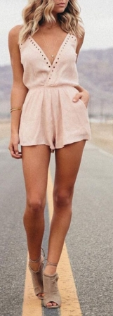 summer-fashion-nude-playsuit-367x1024