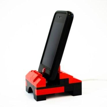 Dock-iPhone-Lego-1