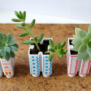 Little-LEGO-flower-pots