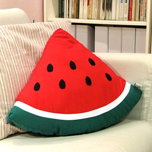 New-designers-summer-ice-icy-cold-watermelon-pillow-watermelon-cushion-nvelty-pillow-with-filling-free-shiping