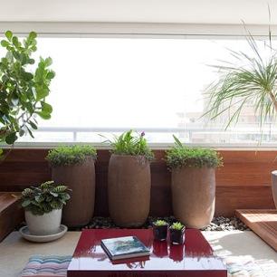 varanda pequena arquitrecos via casa e jardim 4