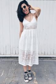 Vestido e Ténis